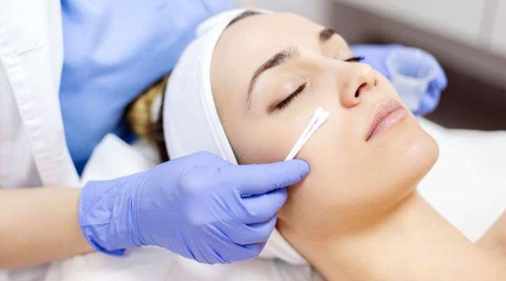 Here are a couple of incredible tips post your chemical peels treatment, so you can keep up the best effects from your treatment_
